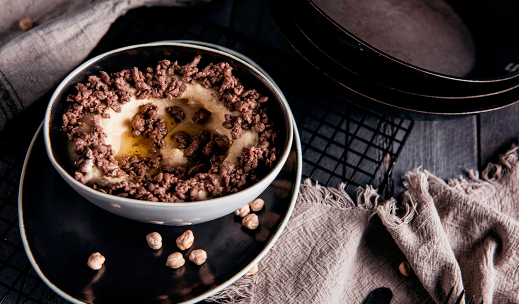 HOMMOS WITH MEAT