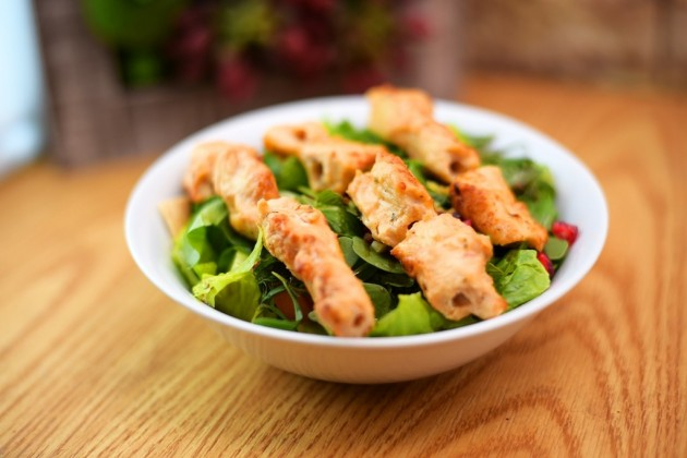 Fattoush with Taouk